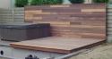 houten terras en wand padouk